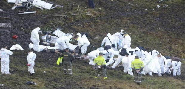 Colombia: Avión boliviano se estrella, deja 76 muertos y 5 sobrevivientes