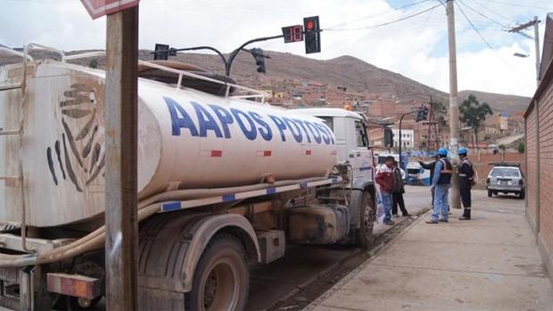 En Potosí, continúa preocupación por falta de agua en las zonas altas de la ciudad.