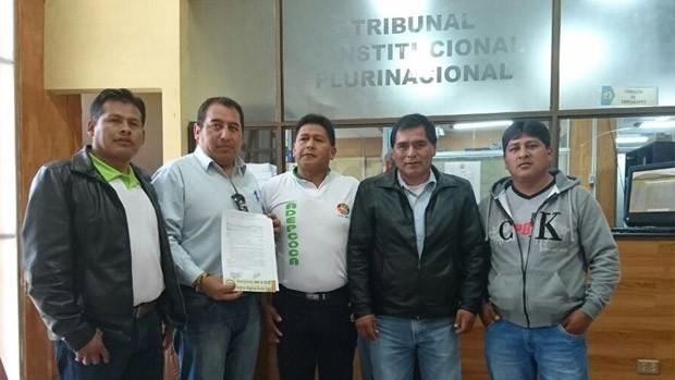 Adepcoca oficializa demanda ante TCP contra Ley de Coca