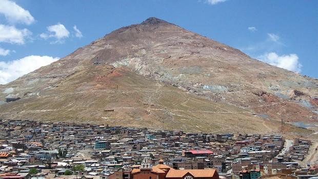 Tres mineros murieron intoxicados en el Cerro Rico