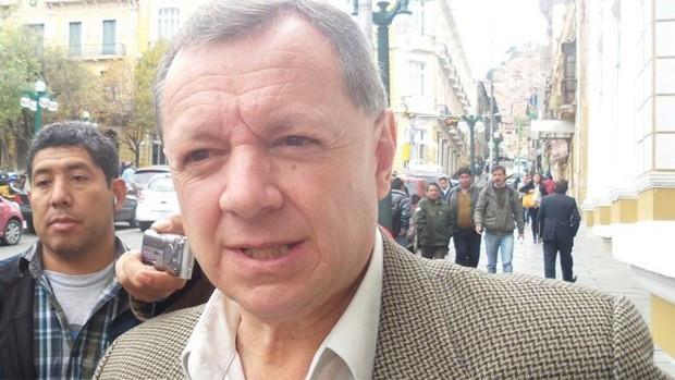 El Senado designa a Gonzales como embajador en la OEA