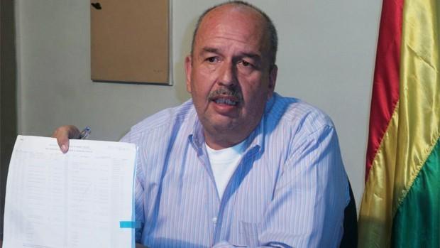 Interpol busca al hijo de la jefa de Migración