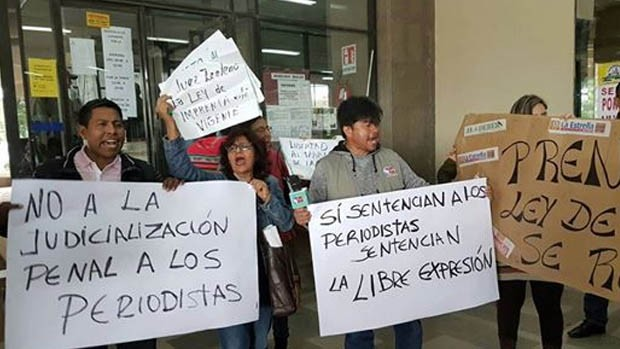 Resultado de imagen para asociacion de periodistas hugo salvatierra periodistas