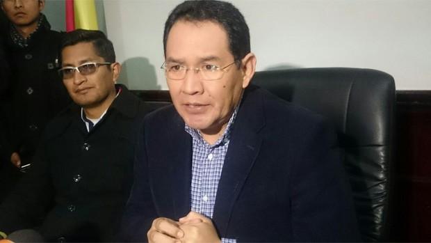 Fiscalía imputa y pide cárcel para gerente legal de YPFB — Caso taladros