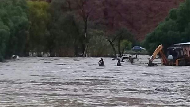 Evo Morales visita zonas afectadas por lluvias al sur de Bolivia