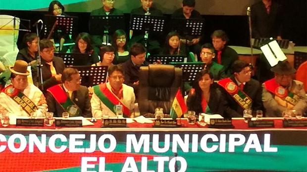 El Alto celebra su aniversario con dos marchas, críticas y disputas políticas