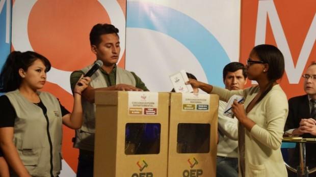 Bolivia va a las urnas para elegir magistrados — Minuto a minuto