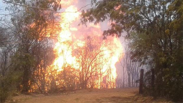 Revientan gasoducto en Villa Montes; hay personas heridas con quemaduras