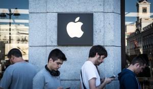 Apple volvió inservibles millones de accesorios de iGizmo y otros dispositivos Pablo por cuenta de sus características que diferencian a sus productos. (Crédito:Cuadra/Getty Images for Apple)